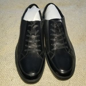 NEW Kenneth Cole Leather Sneaker - Size 13